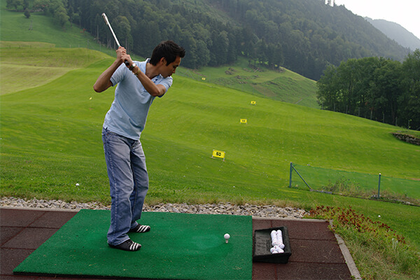 golf-sports-auramah-valley