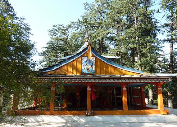 mahamaya-temple-narkanda