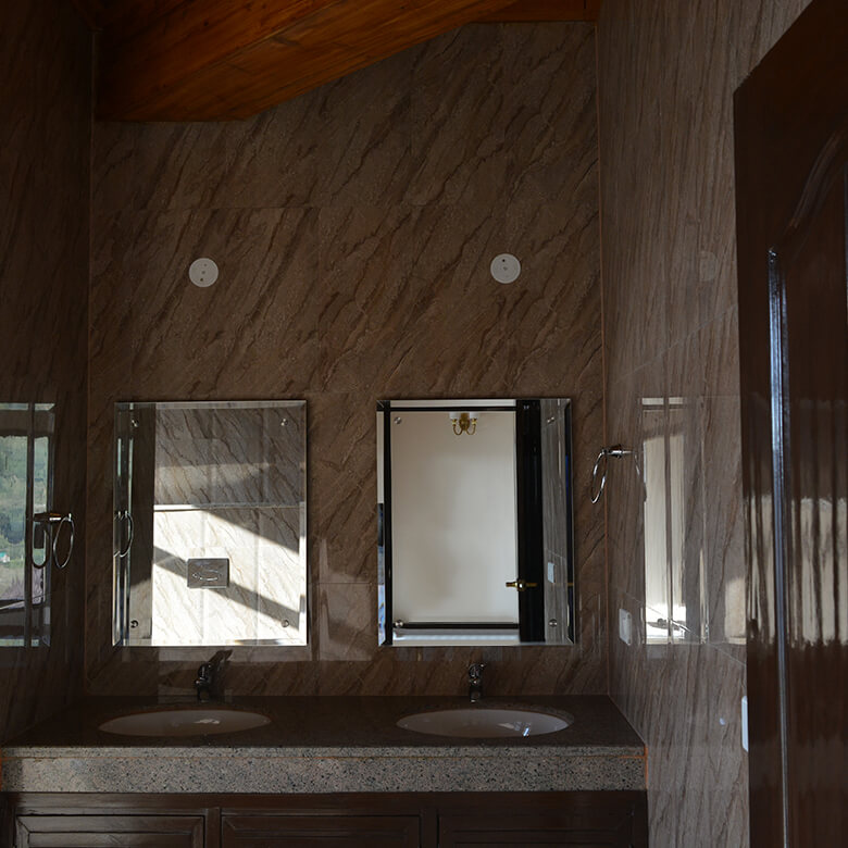 washroom-luxury-villa-auramah-valley