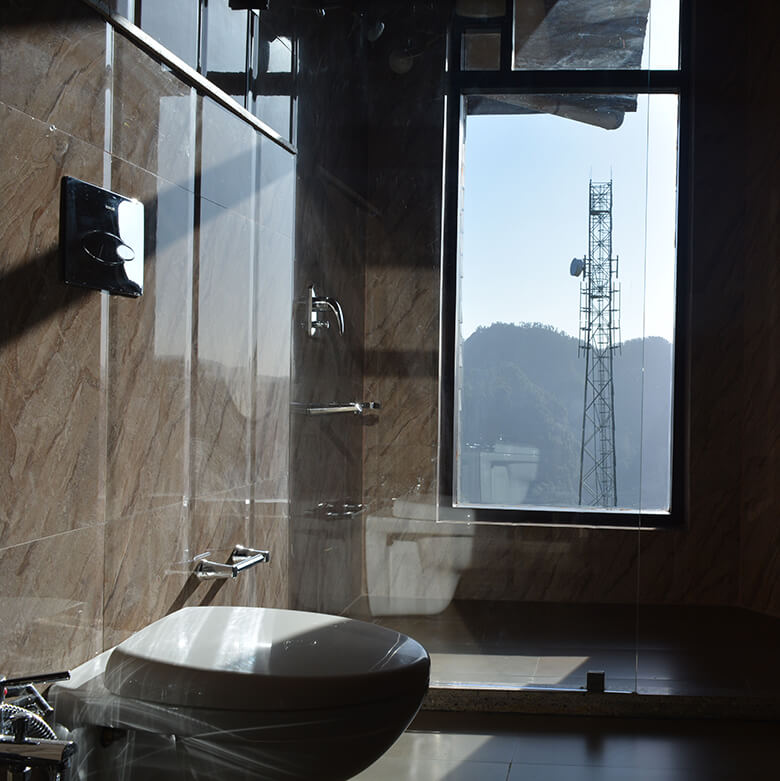 washroom-villa-auramah-valley