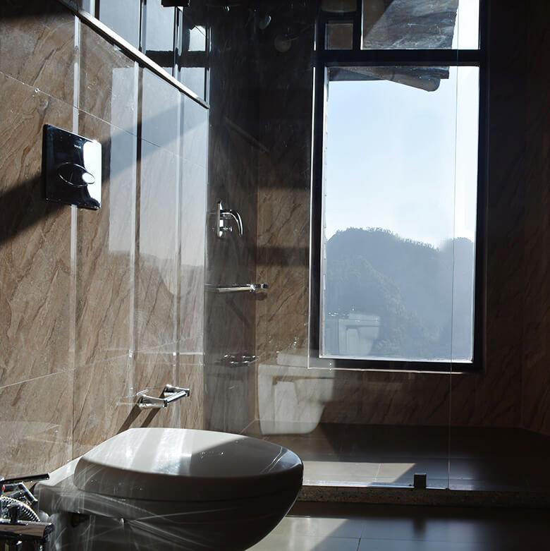 washroom-villa-auramah-valley